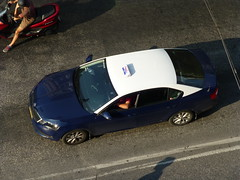 Taxi (skumroffe) Tags: taxi skoda taxicab taxibil car auto coche bil thessaloniki greece grekland hellas ellada egnatia