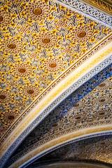 (Liane FKL) Tags: sintra portugal colors couleurs architecture graphic graphique géométric géométrique plafond ceiling sculpté sculpt détail palais pena palacio