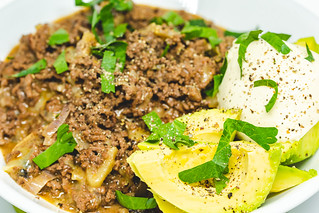 Tuesday dinner. Minced beef with mushrooms, served with avocado  and sour cream.