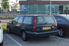 Volvo 850 Stationwagon 1995 (TedXopl2009) Tags: llpx05 volvo 850 stationwagon estate wagon stationcar