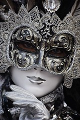 venetian masks portraits - 1 (fotomänni) Tags: masken masks venezianischerkarneval venezianisch venetiancarnival venetian venezianischemasken venetianmasks venezianischemesseludwigsburg portraits portrait portraitfotografie manfredweis