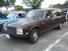 1979 Peugeot 504 Wagon (splattergraphics) Tags: 1979 peugeot 504 wagon stationwagon cruisenight wheelsfromthepast edgewatermd