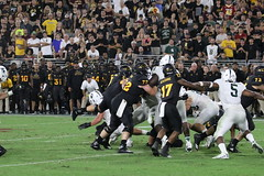 ASU vs MSU 745 (Az Skies Photography) Tags: asu msu arizonastateuniversity arizona state university september82018 football michigan michiganstate michiganstateuniversity tempe az tempeaz sun devil stadium sundevilstadium sundevil sundevils september 8 2018 9818 982018 action athlete athletes sport sports sportsphotography canon eos 80d canoneos80d eos80d canon80d athletics sundevilfootball spartans msuspartans michiganstatespartans asusundevils arizonastatesundevils asuvsmsu arizonastatevsmichiganstate pac12