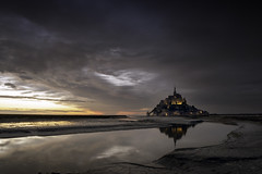 Le Mont-Saint-Michel (parkerbernd) Tags: mont saint michel montsaintmichel normandie bretagne france unesco water atlnatic ocean island chapel abbey sunset dusk reflection rain clouds vacation