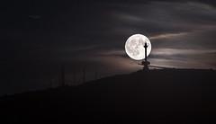 Luna llena (Pablo RG) Tags: luna llena cantabria noche nightphotography night santander nikon moon full peñacabarga