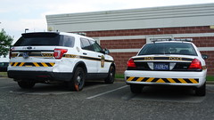 Pennsylvania State Police (Emergency_Spotter) Tags: pennsylvania state police ford interceptor utility crown victoria psp taurus sedan fpis cvpi fpiu steelies tape chevrons trooper rwd v8 whelen liberties antennas