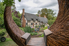 Anne Hathaway's Cottage (Maisiebeth) Tags: shakespeare stratford cottage thatched heritage garden annehathaway