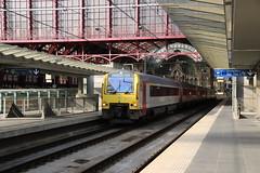 NMBS 4122 met drie soortgenoten te Antwerpen Centraal (vos.nathan) Tags: antwerpen centraal nmbs nationale maatschapij der belgische spoorwegen reeks 41 mw41 société des chemins de fer belges sncb 4122 ar41