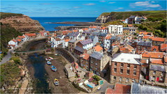 Staithes (Sandra Lipproß) Tags: staithes yorkshire harbour england sea europe uk greatbritain travel