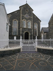 Aberaeron (Dubris) Tags: wales cymru ceredigion aberaeron town architecture building chapel pebblemosaic