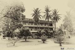 180724-06 S21 (Tuol Sleng) : Musée du Génocide (clamato39) Tags: musée museum s21 tuolsleng genocidemuseum phnompenh cambodge cambodia asia asie monochrome sepia sépia voyage trip