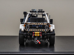 Lego Technic Toyota Land Cruiser FJ70 (Maciek L) Tags: lego technic 4x4 toyota land cruiser fj70 pick up white winch buwizz body chassis remote controll 42000 42030 42042 42043