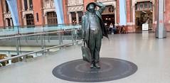 Sir John Betjeman...8.5 Foot Bronze Statue (standhisround) Tags: bronze statue london england uk station railway stpancras sirjohnbetjeman poet restaurant