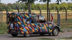 Citroën 2CV (XBXG) Tags: gscv33 citroën 2cv citroën2cv 2pk eend geit deuche deudeuche 2cv6 2018 ranst belgique belgië belgium goslar germany vintage old classic french car auto automobile voiture ancienne française vehicle outdoor