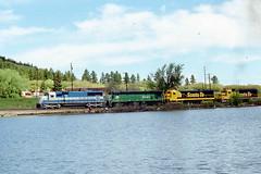 EMD SD60 #9049 passing Palmer Lake on5-30-87 (LE_Irvin) Tags: bn emd palmerlakeco sd60 santafe