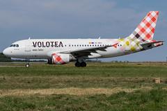 Volotea / A319 / EC-MUC / LFRS (_Wouter Cooremans) Tags: nte nantes spotting spotter avgeek aviation airplanespotting volotea a319 ecmuc lfrs