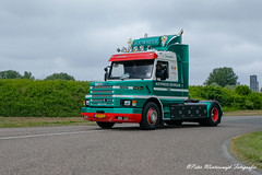 _DSF2886 (Peter Winterswijk) Tags: scania torpedo t112 t113 t142 t143 truckrun alltypesoftransport bullnose camion carshow classiccar carrosserie collection europe event europoort fujifilm holland haulage historical hgv hobby international industry keepontrucking lkw lesroutiers meeting netherlands oldtimer old oldtimermeeting ontour peterwinterswijk port roadtransport rotterdam retro szm sattelzugmaschine scaniatorpedo transport trucking truck trucks truckshow tractor tracteur torpedotoertocht vehicle vintage v8 xh1 youngtimer landtong rozenburg hoogvliet scaniahoogvliet