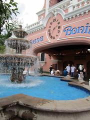 Casa Bonita Fountain (BunnyHugger) Tags: casabonita colorado denver fountain mexican restaurant