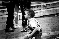 Let's play with bubbles (marinas8) Tags: nikon nikonphotography d5300 bubbles athens blackandwhite bw people streetphoto streetphotography