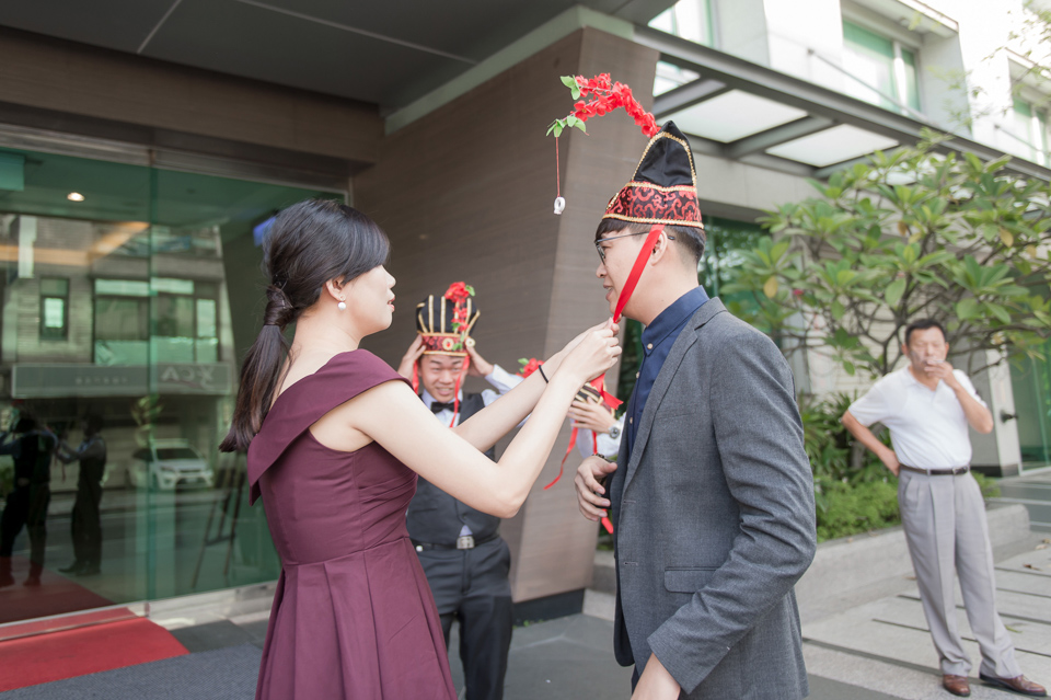 高雄婚攝 海中鮮婚宴會館 有正妹新娘快來看呦 C & S 009