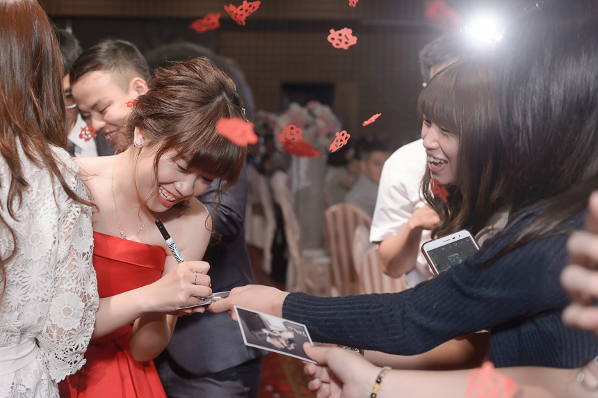 30361022978 cb94dfd79c o 超high婚禮進場方式與小遊戲!讓你的婚禮絕不冷場~