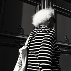 White hair ( serie black texture ) (Jean-Marc Vernier) Tags: noiretblanc blackandwhite bnw streetview streetphotography street urban city fujifilm fujixt20