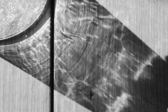 diagonal 2 (Cosentino Aran) Tags: circles blackandwhite noir dark monocromatico minimal life glass linee