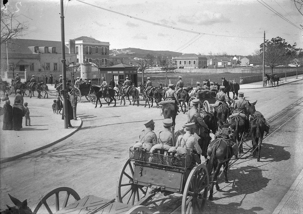 Movimento de tropa, Benfica (J. Benoliel, c. 1916)