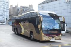 PH LSK481 @ Edinburgh bus station (ianjpoole) Tags: parks hamilton volvo b13rt plaxton elite lsk481 working route g92 edinburgh bus station aberdeen union square