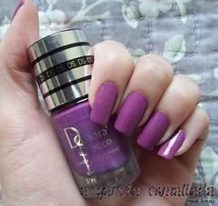 Esmalte 866 - Raisin Nuit, da Deborah Secco (Luxor). (A Garota Esmaltada) Tags: agarotaesmaltada unhas esmaltes nails nailpolish manicure roxo purple raisinnuit 866raisinnuit deborahsecco luxor