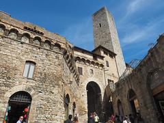 聖吉米納諾 | San Gimignano, Italy (sonic010739) Tags: olympus omd em5markii olympusmzdigital1240mm italy sangimignano