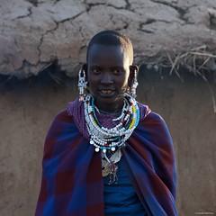 IMGP5882 Maasai portrait (Claudio e Lucia Images around the world) Tags: ngorongoro tanzania africa masai maasai woman portrait village asilia higlands crater safari pentax pentaxk3ii pentax60250 ritratto young