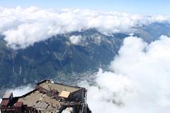 22-La terrasse et Chamonix... tout en bas (robatmac) Tags: aiguilledumidi chamonix france hautesavoie montagne