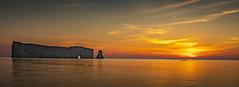 Lever de soleil Rocher Percé (Luc Jacob) Tags: gaspã©sie lieux nature vacance vacances villes voyage voyages