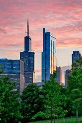 Pink Sunset (BlinkOfALens) Tags: chicago illinois unitedstates us sunset cityscape skyscraper clouds