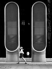 (h)air condition (heinzkren) Tags: schwarzweis blackandwhite bw sw monochrome street streetphotography woman people london lüftung panasonic lumix architecture architektur urban city modern contemporary tubes uk