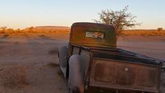 abgestellt...... (marionkaminski) Tags: namibia afrika africa landschaft landscape paisaje paysage paesaggio auto car oldtimer karosserie rost panasonic lumixfz1000