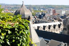 Coteaux de la Citadelle (Liège 2018) (LiveFromLiege) Tags: liège luik wallonie belgique architecture liege lüttich liegi lieja belgium europe city visitezliège visitliege urban belgien belgie belgio リエージュ льеж coteaux de la citadelle coteauxdelacitadelle terrassedesminimes