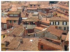 Lucca - Explore 29/8/2018 (Gert Vanhaecht) Tags: colour gertvanhaecht italy perspective tuscany canon colours buildings canonsx720hs composition cityscape city