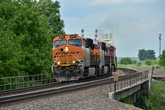Rolling west at Ancona IL. (Machme92) Tags: bnsf burligrton bn ge gevo railroad railfanning railroads railfans rails rail row railroading railfan american trains