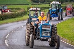 SJ1_0465 -  Vintage Tractor Parade, Wensley (SWJuk) Tags: swjuk uk unitedkingdom gb britain england yorkshire yorkshiredales dales wensleydale northyorkshire wensley tractor vintagerally parade road 2018 sep2018 autumn holidays nikon d7200 nikond7200 18300mm rawnef lightroomclassiccc