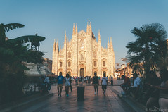 sunset in duomo. (Nicole Favero 游婉情) Tags: verde milan love amazing mine cute cool street photography architecture people famous place capital italy forever follow me nicolefavero nicky nikon nikond5000 camera reflex galleria vittorioemanuele duomo milano open air streetphotography applestore famousplace orange tram atm transport city