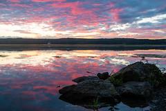 September Dawn at Esopus Meadows I (2018) (jeffseverson) Tags: sunrise dawn riverbank daybreak horizon water river mor morning clouds hudsonriver hudsonvalley newyork upstateny scenichudson
