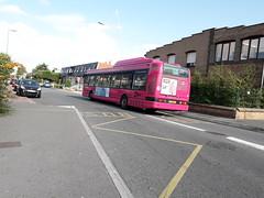 Irisbus Agora S GNV n°435 sur la ligne 18 à l'arrêt Steendam (alexandrebertrand60) Tags: dunkerque dkbus bus stde irisbus agora s gnv 435 ligne 18 steendam