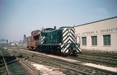 Santa Fe - Aberdeen Avenue (d.w.davidson) Tags: atsf chicago railroad alco rs1 caboose