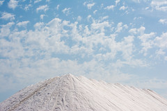 Salt and sky. (Azariel01) Tags: 2018 espagne españa spain alicante santapola salines salinas saltmarshes maraissalant sel salt landscape paysage mediterranean mediterranée clouds nuages pileofsalt tasdesel sea mer