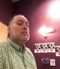 Day 2385: Day 195: This way (knoopie) Tags: 2018 july iphone picturemail doug knoop knoopie me selfportrait 365days 365daysyear7 year7 365more day2385 day195 mainstage disenchanted 12thavearts theater