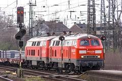 26_2007_03_25_Wanne_Eickel_Hbf_225_015_RAILION_DB_Logistics_225_001_mit_Brammen_Bochum_Nord (ruhrpott.sprinter) Tags: ruhrpott sprinter deutschland germany allmangne nrw ruhrgebiet gelsenkirchen lokomotive locomotives eisenbahn railroad rail zug train reisezug passenger güter cargo freight fret wanneeickel wanne eickel vergessen abellio db dbcargo nwb railion logistics veolia vt 110 111 145 152 155 185 225 232 re fahrpläne rohre vallourec mannesmann stückgut stückguthalle bogestra bochumgelsenkirchenerstrassenbahnenag strassenbahn logo natur outddor
