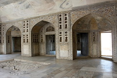 inside red fort (2) (kexi) Tags: agra india asia uttarpradesh redfort mughal old ancient interior inside stone marble canon february 2017