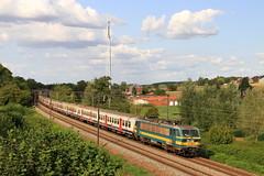 B2740--2018_08_31_135 Hennuyères (phi5104) Tags: trains treinen sncb nmbs hennuyères